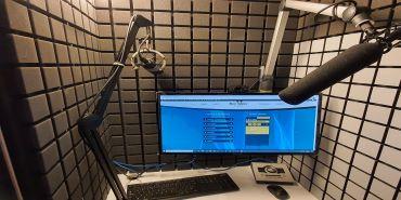 Ben Wake voiceover - Studiobricks booth