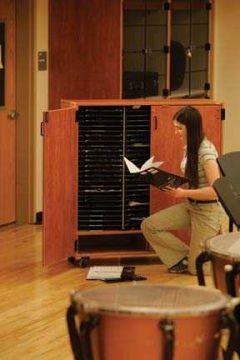 Two-column mobile band/orchestra folio cabinet